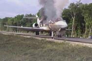 Μυστήρια υπόθεση με φωτιά σε αεροπλάνο στο Μεξικό