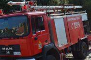 Φωτιά στην Κάτω Αχαΐα, σε κατοικημένη περιοχή - Κινητοποίηση της Πυροσβεστικής