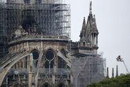 Η Παναγία των Παρισίων θα ξαναχτιστεί όπως ήταν πριν την πυρκαγιά