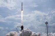 Η κάψουλα της SpaceX αναχώρησε από τον Διεθνή Διαστημικό Σταθμό