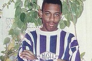 Βρετανία: Σταματούν οι έρευνες για τη ρατσιστική δολοφονία του Στίβεν Λόρενς