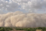 Πώς είναι να έρχεται κατά πάνω σου μια γιγαντιαία αμμοθύελλα (video)