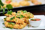 Ετοιμάστε φιλετίνια κοτόπουλου με κρούστα δημητριακών