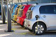 Μέχρι το τέλος της δεκαετίας το 1/3 των νέων πωλήσεων παγκοσμίως θα είναι ηλεκτρικά