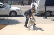 Ταλαντούχοι καλλιτέχνες χρησιμοποιούν ένα πεζοδρόμιο ως καμβά (video)