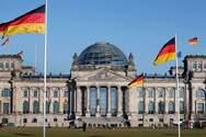 Γερμανία - Ένας στους τρεις πιστεύει στις θεωρίες συνωμοσίας