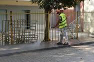 Συνεχίζεται ο καθαρισμός των προαύλειων χώρων των σχολικών συγκροτημάτων (φωτο)