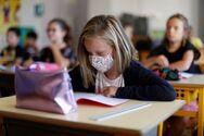 Έφθασε στην Πάτρα και παραδόθηκε στο δήμο η πρώτη παρτίδα μασκών για τα σχολεία