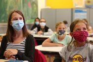 Πάτρα: Προτάσσεται η χρήση της μάσκας και όχι οι αποστάσεις ασφαλείας με τα ολιγομελή τμήματα