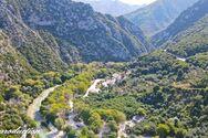 Ένα όμορφο ταξίδι στον ποταμό Αχέροντα (video)