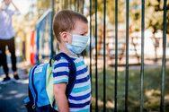 Γονείς αναζητούν ψευδείς ιατρικές βεβαιώσεις για να μη φορούν τα παιδιά τους τη μάσκα στα σχολεία