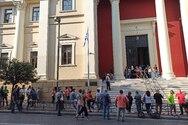 Πάτρα - Η δημοτική αρχή στα Δικαστήρια μαζί με τους εργαζόμενους της Κοινωφελούς