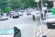 Ποδηλάτης είχε σίγουρα την τύχη με το μέρος του (video)