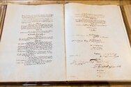 Σαν σήμερα 17 Οκτωβρίου ψηφίζεται το νέο Σύνταγμα της Ελλάδας