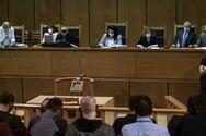 Δίκη Χ.Α.: Το δικαστήριο ζήτησε από την εισαγγελέα να συμπληρώσει την πρότασή της