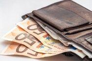 Πάτρα: Φοιτητής ιατρικής παρέδωσε πορτοφόλι σε συνταξιούχο αστυνομικό