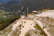 Το επιβλητικό μνημείο της Ζαγορίσιας Γυναίκας της Πίνδου (video)