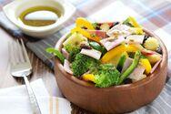 Πώς θα μετατρέψουμε μια σαλάτα σε πλήρες γεύμα