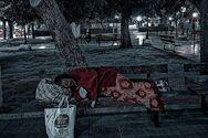 Πάτρα: Άστεγοι τις νύχτες, στις έρημες πλατείες και τους άδειους δρόμους, μιας πόλης