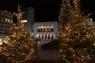 23 λεπτά «ταξίδι» στην χριστουγεννιάτικη Πάτρα - Δείτε βίντεο