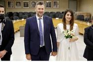 Παντρεύτηκαν ο Γιάννης Καλλιάνος και η Χάρις Δαμιανού