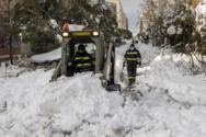 Ισπανία: Μάχη με τον χιονιά και τον χρόνο για να φτάσουν στα νοσοκομεία οι δόσεις εμβολίων (pics+video)
