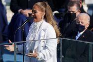 ΗΠΑ: Στα λευκά η Τζένιφερ Λόπεζ τραγούδησε για τον Τζο Μπάιντεν