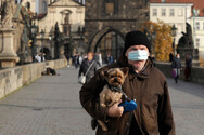 Κορωνοϊός: Η Τσεχία επέβαλε το αυστηρότερο lockdown