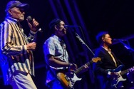 Beach Boys: Ξαναηχογράφησαν το «Add Some Music to Your Day» (video)