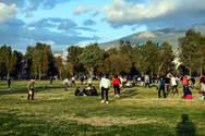 Καλά κάνουμε στην Πάτρα που πάμε στα πάρκα και στις πλατείες - Η ανάρτηση Δερμιτζάκη