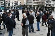 O Δήμαρχος Πατρέων στην συγκέντρωση διαμαρτυρία των εμπόρων στην πλατεία Γεωργίου (φωτο)