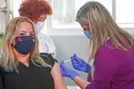 Κικίλιας - Κορωνοϊός: Τον Ιούνιο θα εμβολιαστούν οι υγιείς σαραντάρηδες