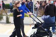Η Πατρινή Λένα Δροσάκη βόλτα στο Ζάππειο με τον γιο της