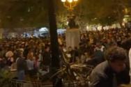 Κορωνοπάρτι με εκατοντάδες άτομα στην Κυψέλη (video)