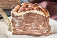 Eναλλακτικό κέικ τιραμισού με κρέπες