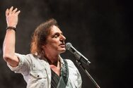 Ο Βασίλης Παπακωνσταντίνου επιστρέφει στις μουσικές ρίζες του με ένα καινούργιο τραγούδι