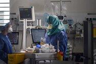 Κορωνοϊός: Δεν πέφτει ο αριθμός των νοσηλειών - Παραμένει η πίεση στις ΜΕΘ