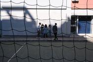 Κορωνοϊός: Αλαλούμ με τον «κόφτη» στα δύο self test στα σχολεία
