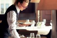 Nέα μέτρα στήριξης για τους εργαζόμενους στον τουρισμό