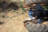 Πάτρα: Ανετράπη τρακτέρ στην περιοχή των Συχαινών - Εγκλωβίστηκε οδηγός