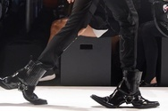 Double Sided Cowboy Boots - Οι εκκεντρικές μπότες που τραβούν τα βλέμματα (pics+video)