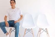 Πόσο γρήγορα σηκώνεστε από την καρέκλα; Τι αποκαλύπτει αυτό για την υγεία σας