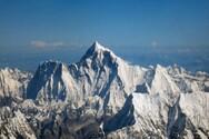 Covid 19 - Από ορειβάτες του Έβερεστ φέρεται να εξαπλώθηκε η «μετάλλαξη του Νεπάλ»