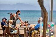 Δυτική Ελλάδα: Μέτρα, καραντίνα και φόβος «παγώνουν» τον τουρισμό