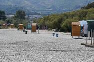 Πάτρα: Αναδιαμορφώνεται ο χώρος της Πλαζ με σκίαστρα, ντουζιέρες και καμπίνες (pics)