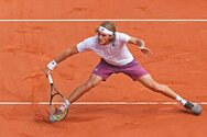 Roland Garros - Ο Στέφανος Τσιτσιπάς έχασε, αλλά έκανε περήφανη όλη την Ελλάδα