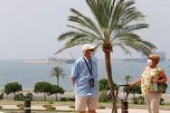 Διακοπές και Covid-19: Οι πιο ασφαλείς και οι πιο επικίνδυνοι τύποι ταξιδιού