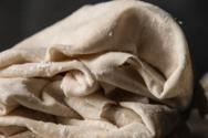 Μια συμβουλή για να μην ξεραίνεται το έτοιμο φύλλο κρούστας
