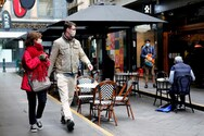 Αυστραλία: Αναπροσάρμοσε προς τα κάτω τις προβλέψεις της για την ανάπτυξη του πληθυσμού και της οικονομίας