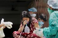 Ινδία: Σε καθοδική τροχιά το δεύτερο κύμα πανδημίας
